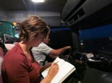 Caroline en pleine rédaction
