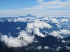 Au loin le volcan Llaima (3.215m)
