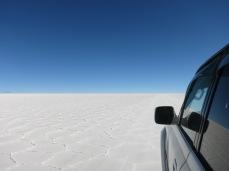 En jeep à la découverte du désert de sel