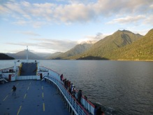 Ferry dans les fjords