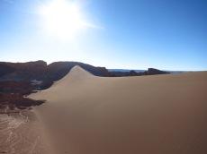 La plus grande dune de sable dans la Valle de la Luna