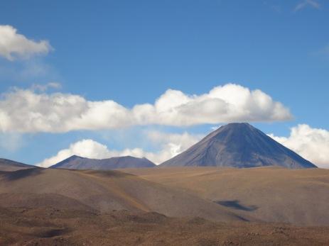 La montagne qui fume dans le désert d'Atacama
