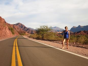 Caroline sur la route de la Quebrada