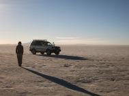 Caroline sur le Salar d'Uyuni
