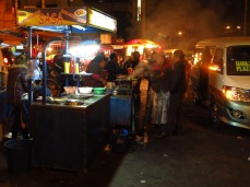 Marché nocturne à Cochabamba