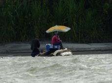Orpailleurs sur le Rio Napo