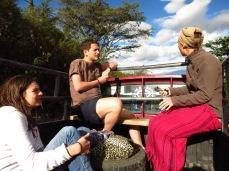 Axelle, Victor et Caroline en route vers Cahuasqui