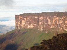 Le Kukenan vu du Roraima
