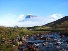 Vue sur le Kukenan de Rio Tek