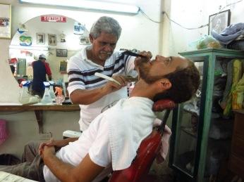 Grégory se fait une beauté à Carthagènes des Indes